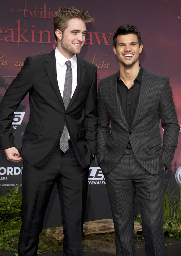 Rob Pattinson and Taylor Lautner at the launch of Breaking Dawn in Berlin.